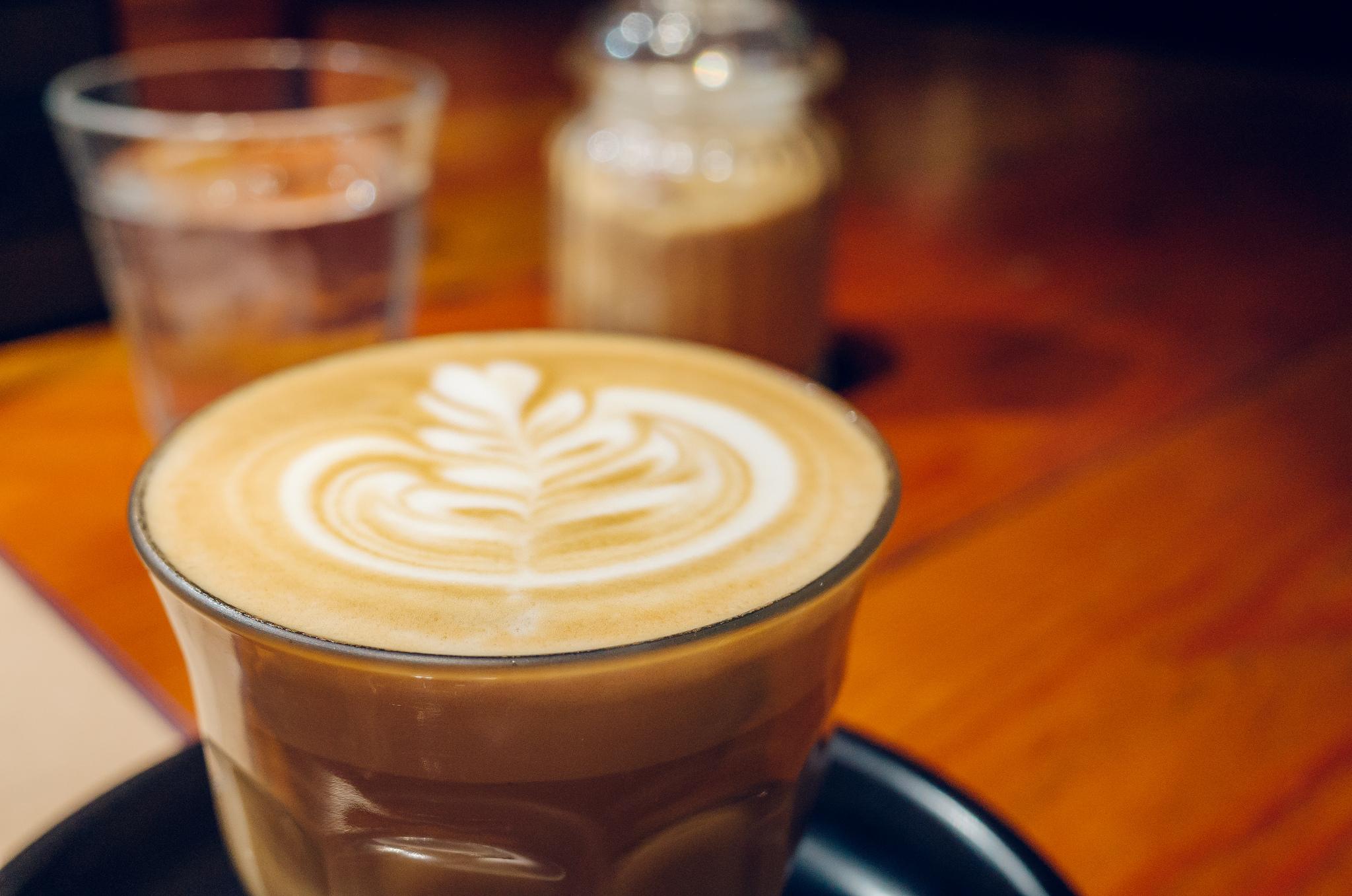 横浜駅直結、朝7時から営業のスターバックスコーヒールミネ横浜店は朝の隙間時間活用に便利